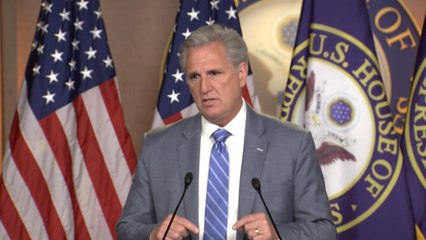 """Rep. Kevin McCarthy defends Trump over """"send her back"""" chants"""