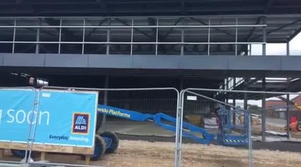 Construction of the new Aldi store is progressing wlll and the steel frame is now in place