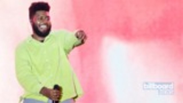 Khalid Earns First No. 1 on R&B/Hip-Hop Airplay Chart With 'Talk' | Billboard News