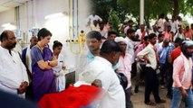 Sonbhadra: पीड़ितों से मिलने पहुंची Priyanka Gandhi, नरसंहार पर घिरे Yogi Adityanath  वनइंडिया हिंदी