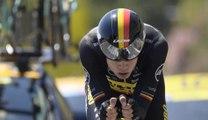 Tour de France: la terrible chute du Belge Wout Van Aert dans le chrono