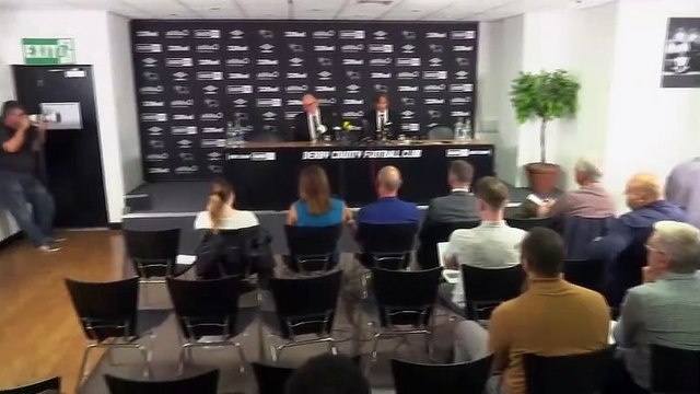 Dutch language answers from Cocu at Derby County presentation