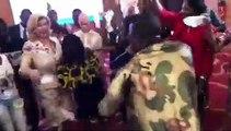 Dj Kerozen fait danser la première dame Dominique Ouatara. A voir !