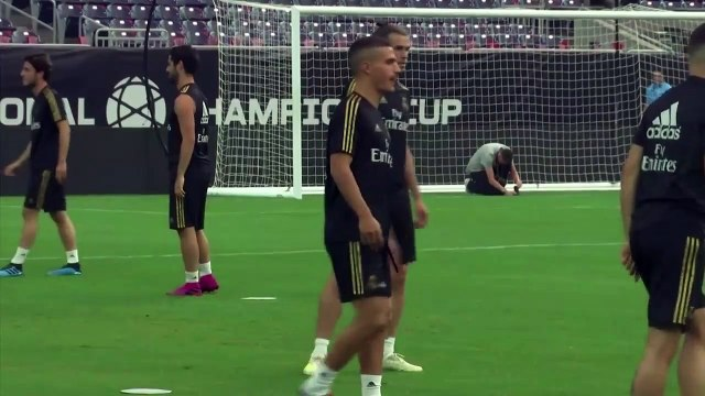 (Subtitled) 'Bale is with us, he is a Real Madrid player' Zidane on the Welshman's future