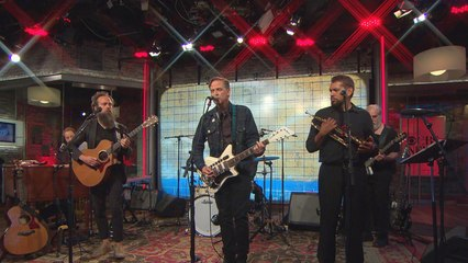 "Saturday Sessions: Iron & Wine and Calexico perform ""Midnight Sun"""