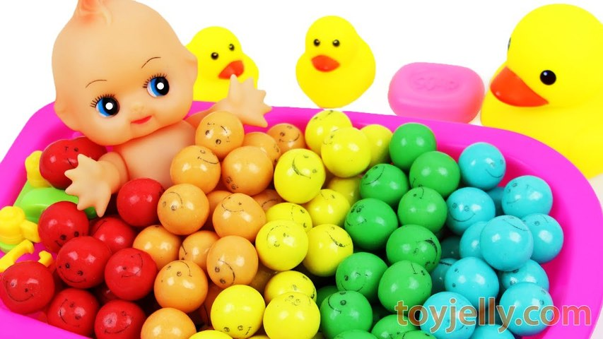 Learn Colors Smiley Bubble Gum Baby Doll Bath Time With Nursery Rhymes Color Finger Song