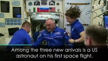 Newly arriving astronauts float into ISS