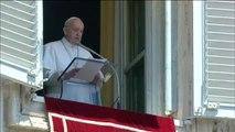 """El Papa pide que el 50 aniversario de la llegada del hombre a la Luna """"encienda el deseo de progresar juntos hacia metas mayores"""""""