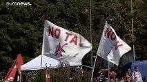 NO TAV: disordini al campeggio studentesco, decine di denunciati