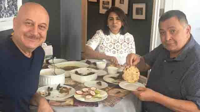 Rishi Kapoor & Neetu Kapoor's perfect Indian lunch at Anupam Kher's House in New York | Boldsky