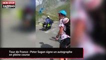 Tour de France : Peter Sagan signe un autographe en pleine course (vidéo)