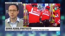 Were police officers in HK colluding with thugs?