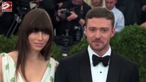 Justin Timberlake and Jessica Biel are freezing their butts off