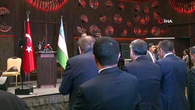 Cumhurbaşkanı Yardımcısı Fuat Oktay, Özbekistan Ankara Büyükelçisi Alişer Agzamhocayev tarafından Özbekistan Başbakan Yardımcısı Elyor Ganiyevin katılımıyla, onuruna düzenlenen yemekte konuştu