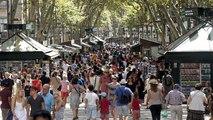 Face à l'afflux de touristes, Barcelone tente la médiation