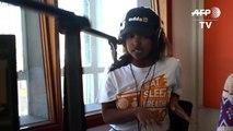 برنامج إذاعي يساعد الشباب على التصدي لانتشار العنف في جنوب إفريقيا