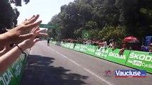 TOUR DE FRANCE Avant l'arrivée des coureurs, les spectateurs assurent le show.
