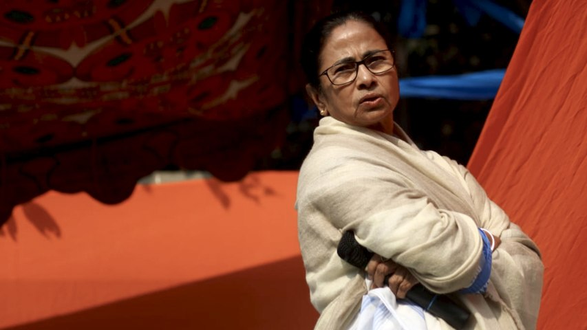 Mamata holds dharna, accuses Centre of misusing CBI for political vendetta