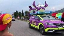 Alpes-de-Haute-Provence : la caravane du Tour de France vient de passer le village de Curbans