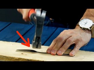 Er haut die Gabel platt. Das Ergebnis ist der Hammer!