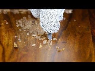 Tisch wird mit Kerben überzogen. Danach passiert DAS!