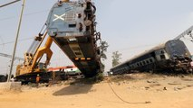 At least 7 dead, over 35 injured as the New Farakka Express derails near UP's Rae Bareli