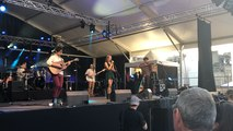 Aziliz Manrow au Festival de Cornouaille