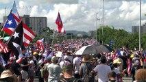 Renuncia gobernador de Puerto Rico tras dos semanas de protestas