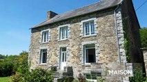 Côtes-d'Armor  Imposante propriété en pierre de 4/5 chambres à coucher Hameau tranquille et belle vue.