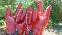 Une sculpture de Spider-Man prise pour le diable par une Américaine