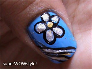 Silver flowers - Flower Nail Designs Tutorial!