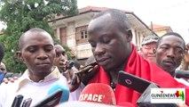 Assassinat de Mamoudou Barry : le message des manifestants devant l'Ambassade de France à Conakry
