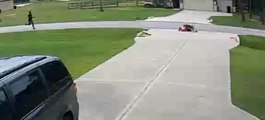 Un voisin sauve un enfant d'une attaque de pitbull dans la rue !