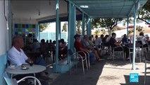 Des Tunisiens de Sidi Bou Saïd réagissent au décès du président Béji Caïd Essebsi