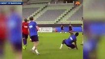 Le joli lob d'Antoine Griezmann à l'entraînement du Barça
