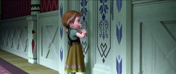 Karlar Ülkesi Film - Anna I Kardan Adam Yapalım Şarkısını Söylüyor! ❄️