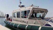 La gendarmerie du Grau du Roi contrôle les plaisanciers dans la baie d'Aigues Mortres