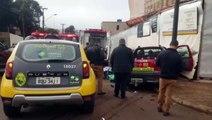 Cruzamento com semáforo: dois utilitários se envolvem em acidente