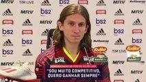 Quand un journaliste lance une vidéo X pendant la présentation de Filipe Luis à la presse