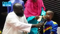 Un enfant de 2 ans emerveille le public avec sa recitation de Coran