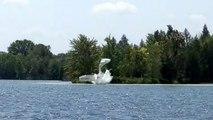 Un hydravion s'écrase dans un lac