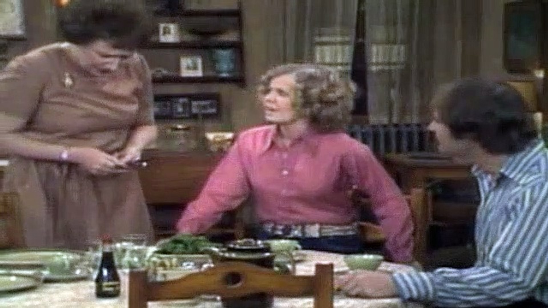 All In The Family Season 1 Episode 7 Mike's Hippie Friends Come To Visit