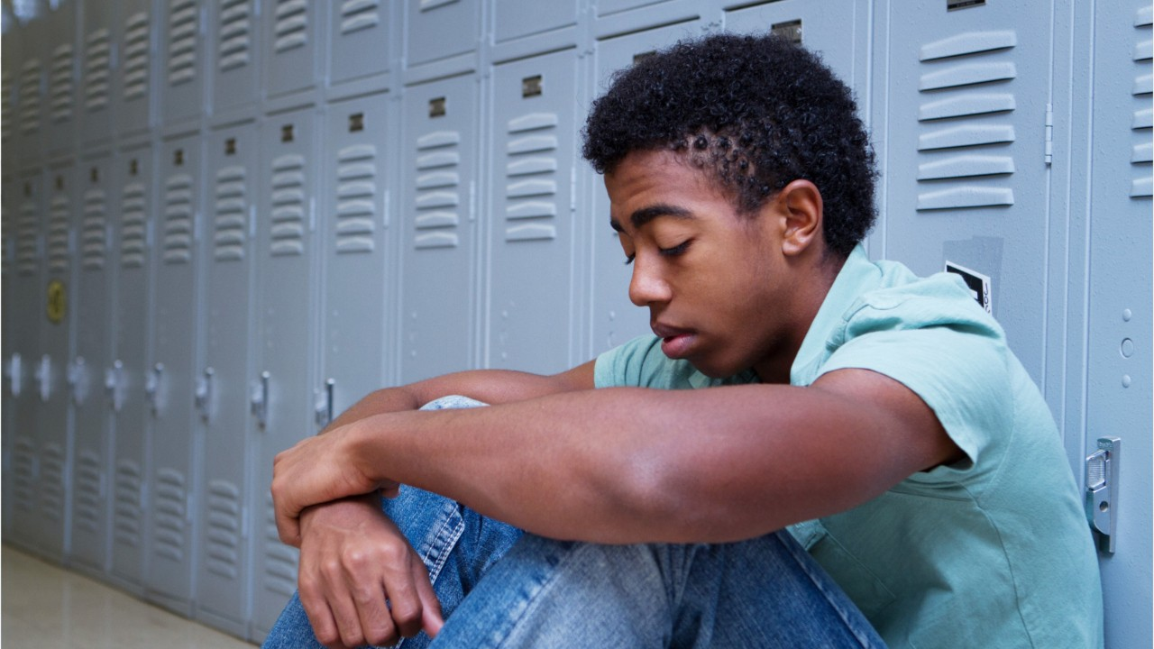 Research Suggests Psychotherapy Should Be First Treatment For Depression In Teens