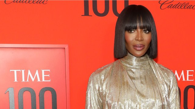 Supermodel Naomi Campbell's Airplane Routine