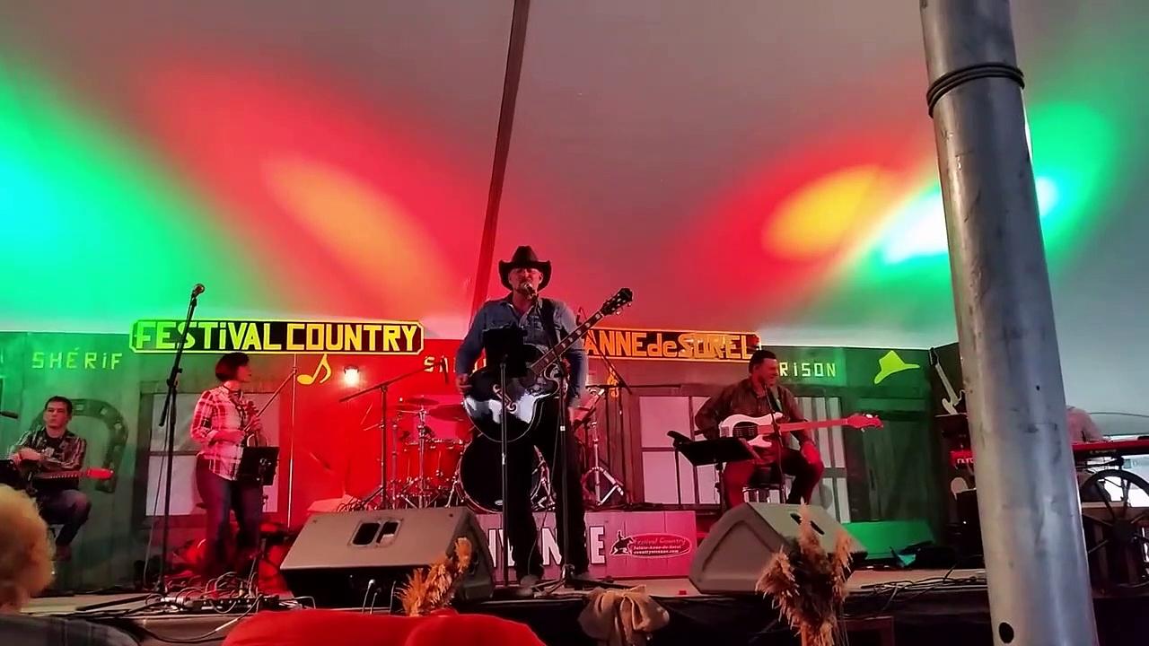 Compilation de Dan Roy au festival de Ste-Anne de Sorel le 16 juin 2017