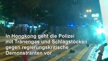 Hongkong: Polizei feuert Tränengas auf Demonstranten ab