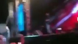 Gusttavo Lima é atingido por copo no rosto em show no Nordeste