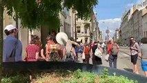 À Nancy, une performance à base de chants d'oiseaux intrigue les passants
