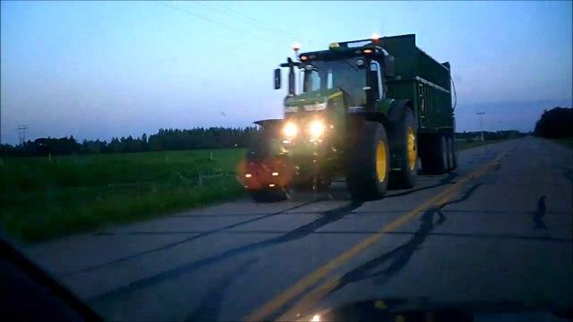 MCH 149 FARMERS WIDE LOAD.