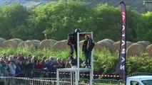 """Franky Zapata réussit à traverser la Manche sur son """"Flyboard"""""""
